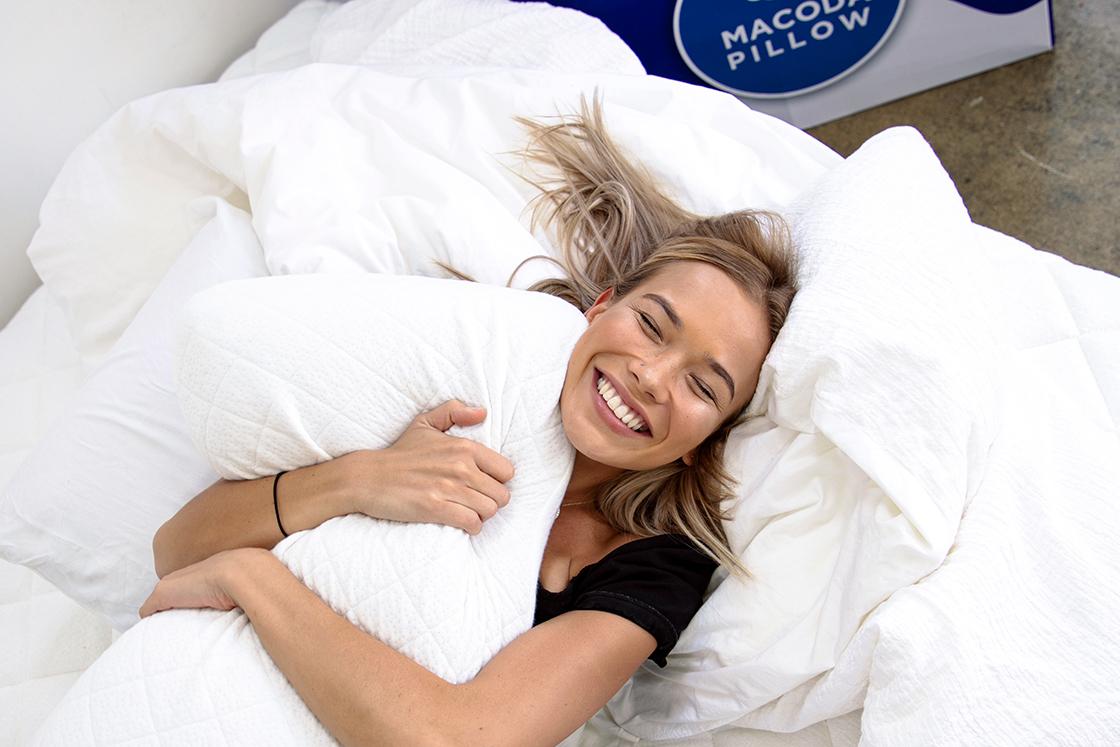 Macoda Pillow